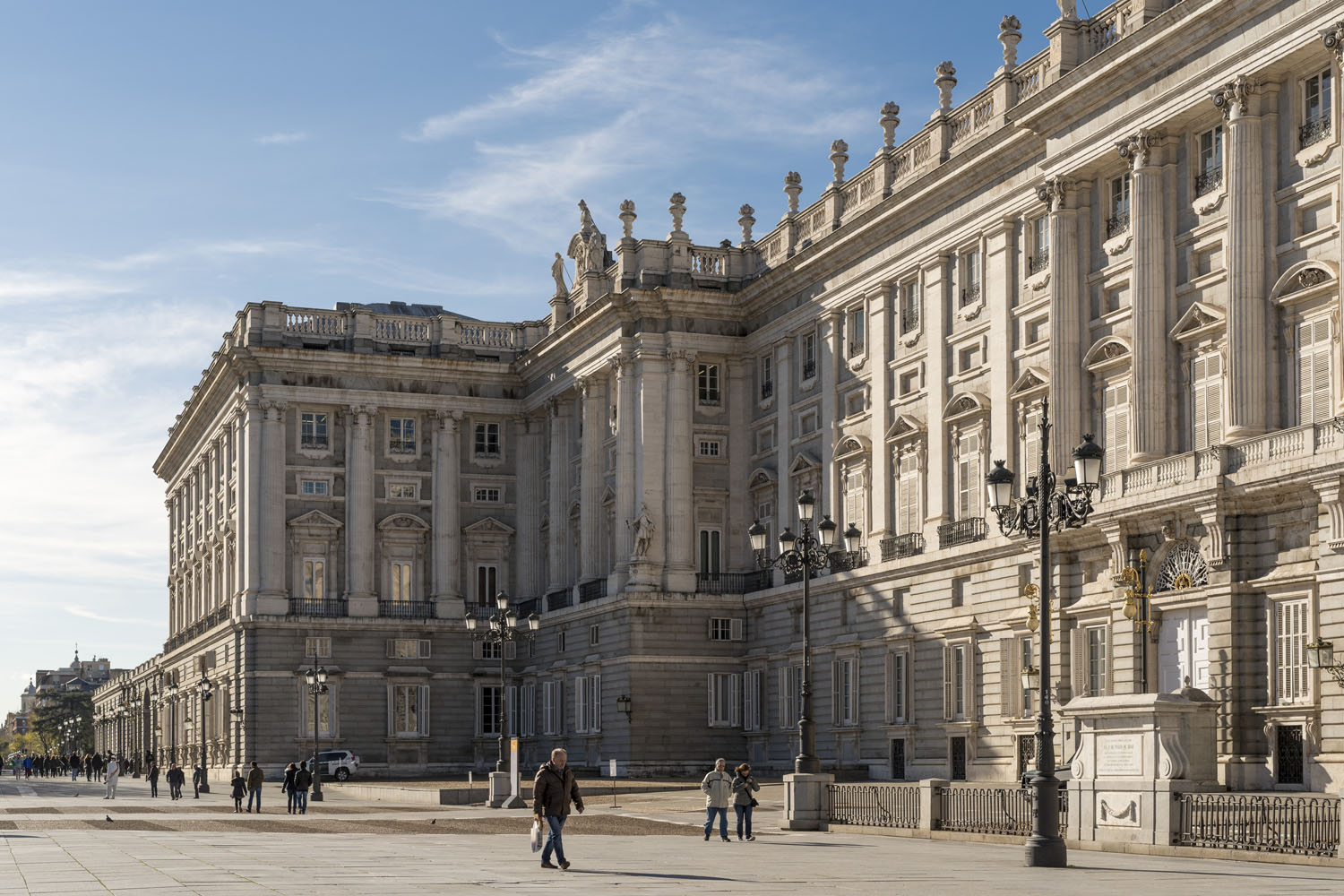 Turismo Madrid. Route through the Madrid palaces